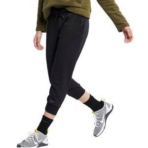 NWT. Nike Women's Crop Pants